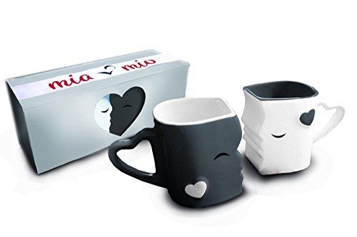 Mia Mio - Kaffeetassen/Küssende Tassen Geschenk Set zu Ostern/Hochzeit für Freund/Freundin aus Keramik (Grau)
